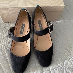 Womens heel